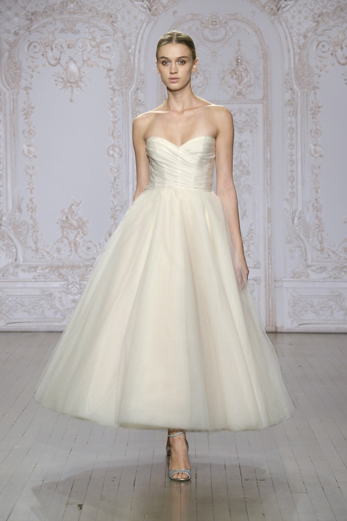 Monique_Lhuillier_wedding_dress_2015 Sloane