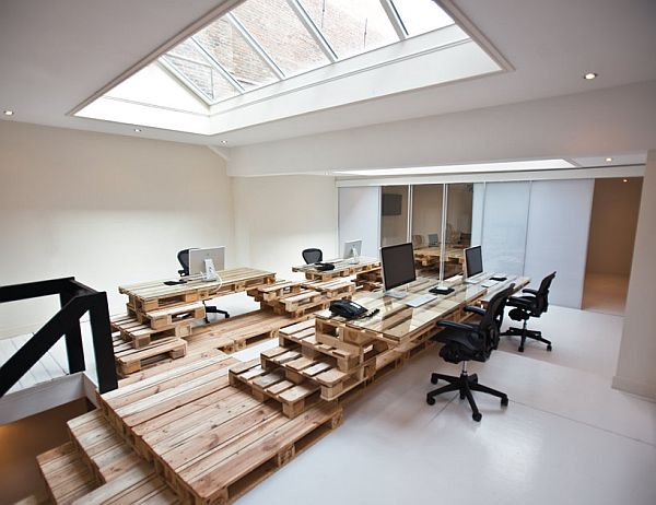 Recycled Pallet Office BrandBase Amsterdam