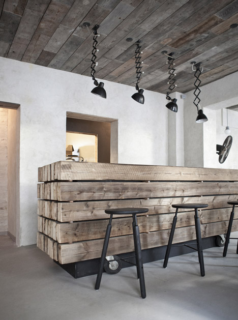 Restaurant in Copenhagen- recycled wooden planks and pallets