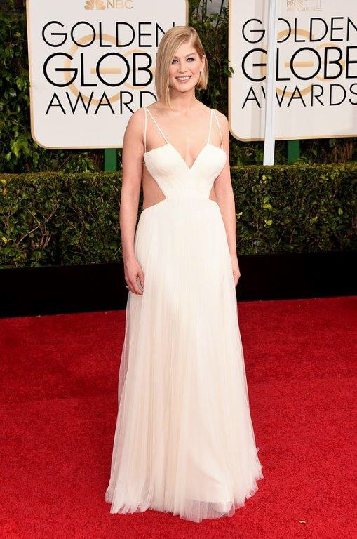 Rosamund Pike Golden Globes 2015  in Vera Wang Collection