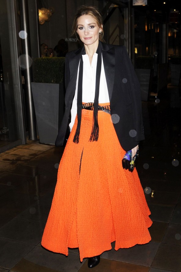 olivia-palermo-5dec14_Jimmy Choo bag