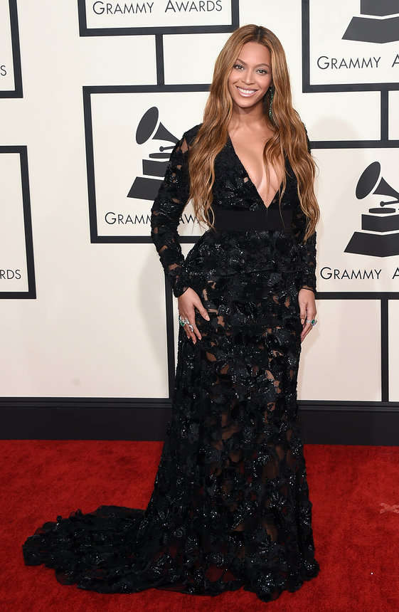 Beyonce in Proenza Schoulerat on the red carpet at the 2015 Grammy  Awards
