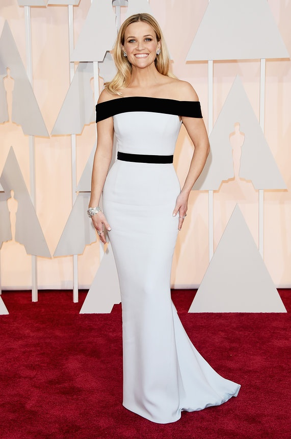 Reese Witherspoon in Tom Ford on the Oscars red carpet 2015