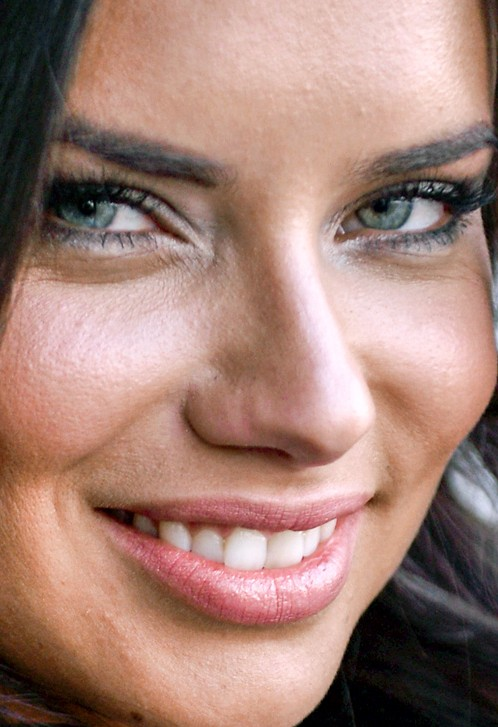 Adriana Lima close up photo