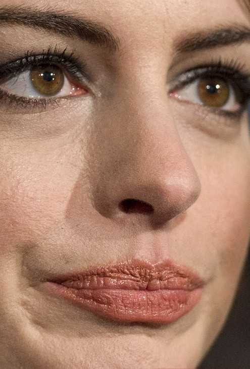 Anne Hathaway close up photo