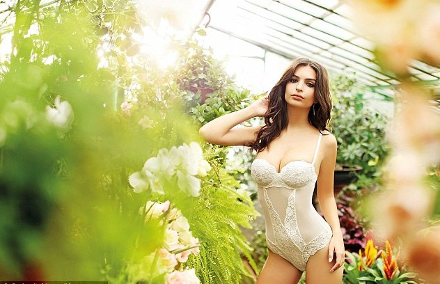 Emily Ratajkowski began acting in the last two years (Yamamay Lingerie Spring-Sumer 2015)
