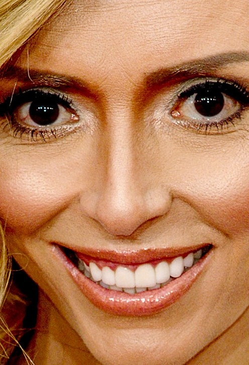 Giuliana Rancic close up photo