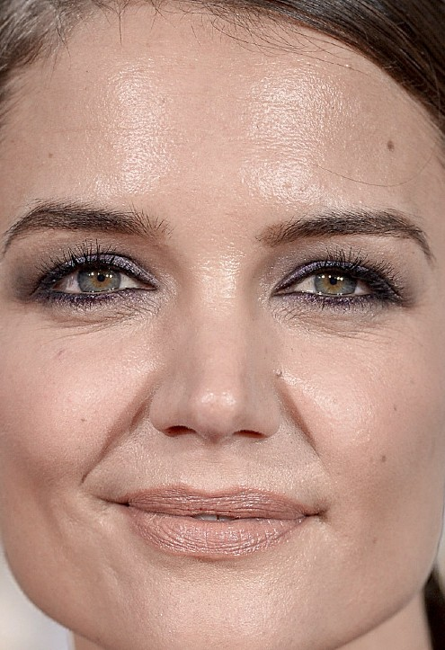 Katie Holmes close up photo