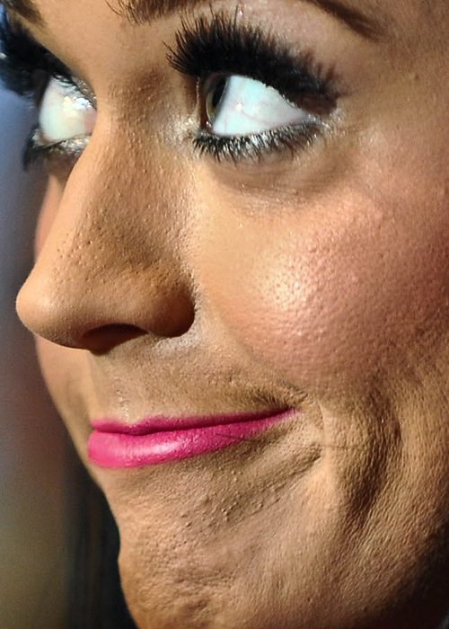 Katy Perry close up photo