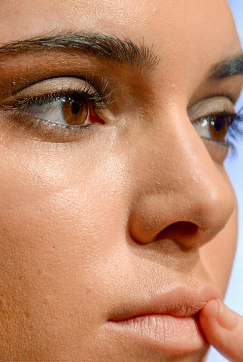 Kendall Jenner close up photo