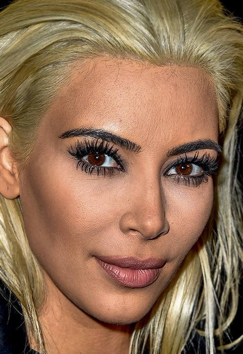 Kim Kardashian blonde photo close-up_