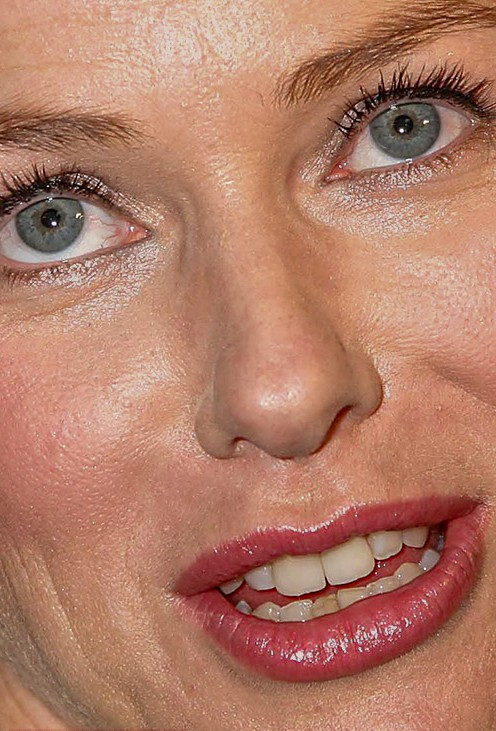 Naomi Watts close up photo