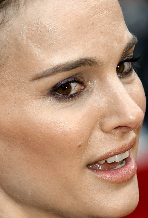 Natalie Portman close up photo