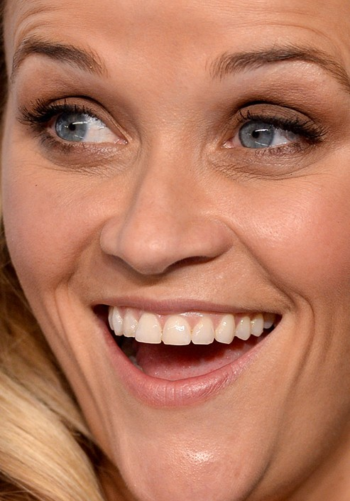 Reese Witherspoon close up