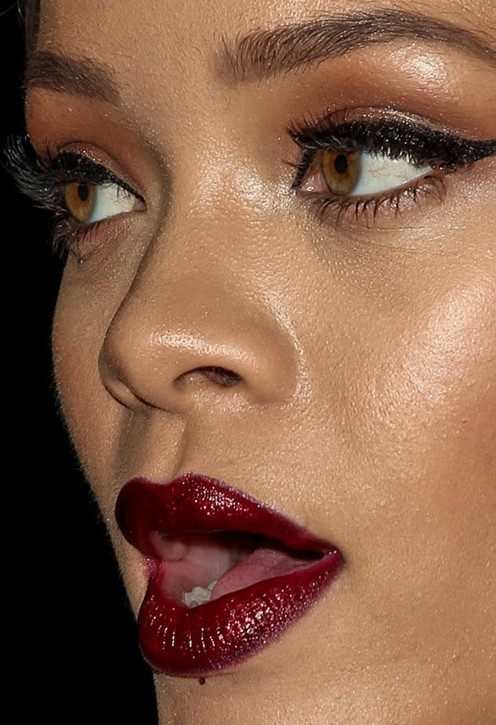 Rihanna close up photo