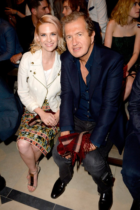 January Jones and Mario Testino at Burberry front row 17Apr15