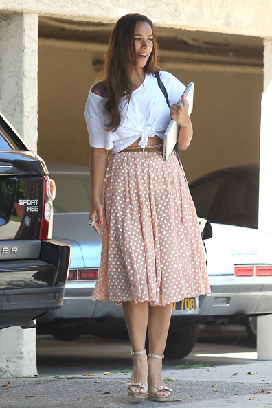 Leona Lewis in a polka dot skirt and knotted plain white T-shirt