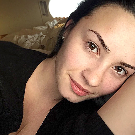 Demi Lovato encouraged her Instagram followers to join her #NoMakeupMonday