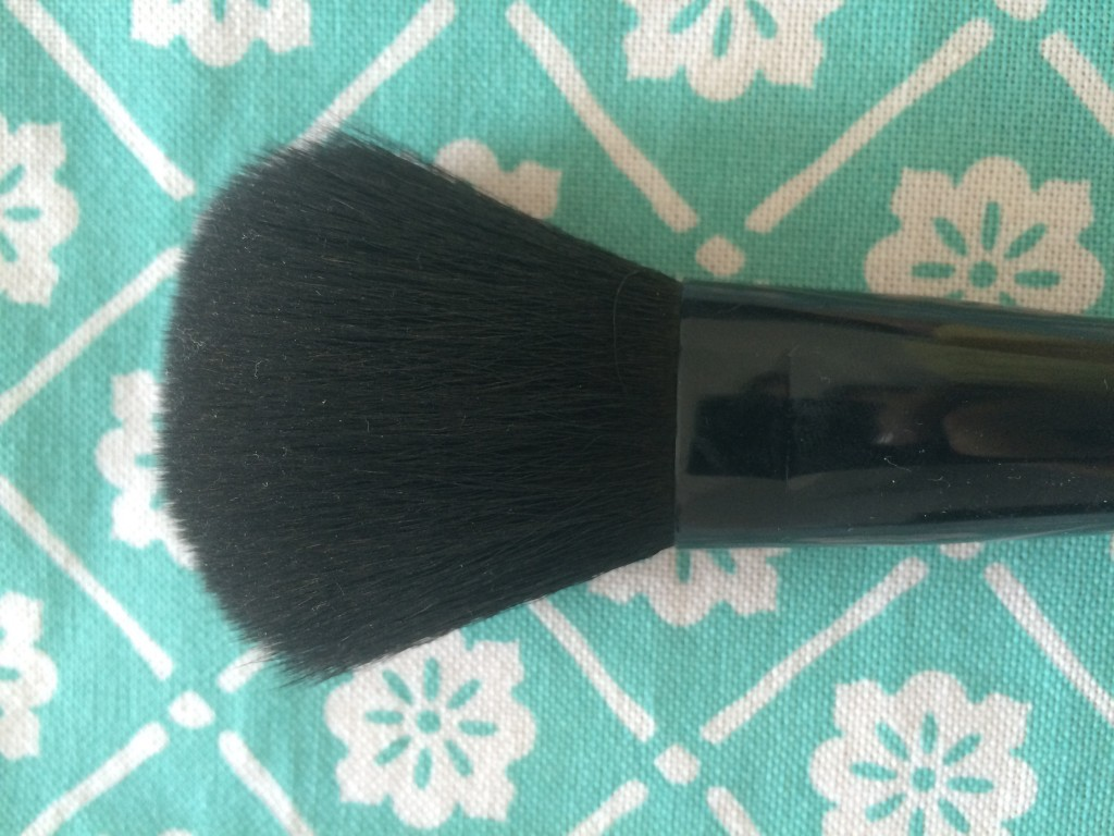 Powder Brush- The long, domed and densely packed bristles evenly diffuse any type of powder foundation products, pick up and deposit blush to define, contour, and shade your cheeks. This brush allows you to fix your look with powder after you've applied foundation.