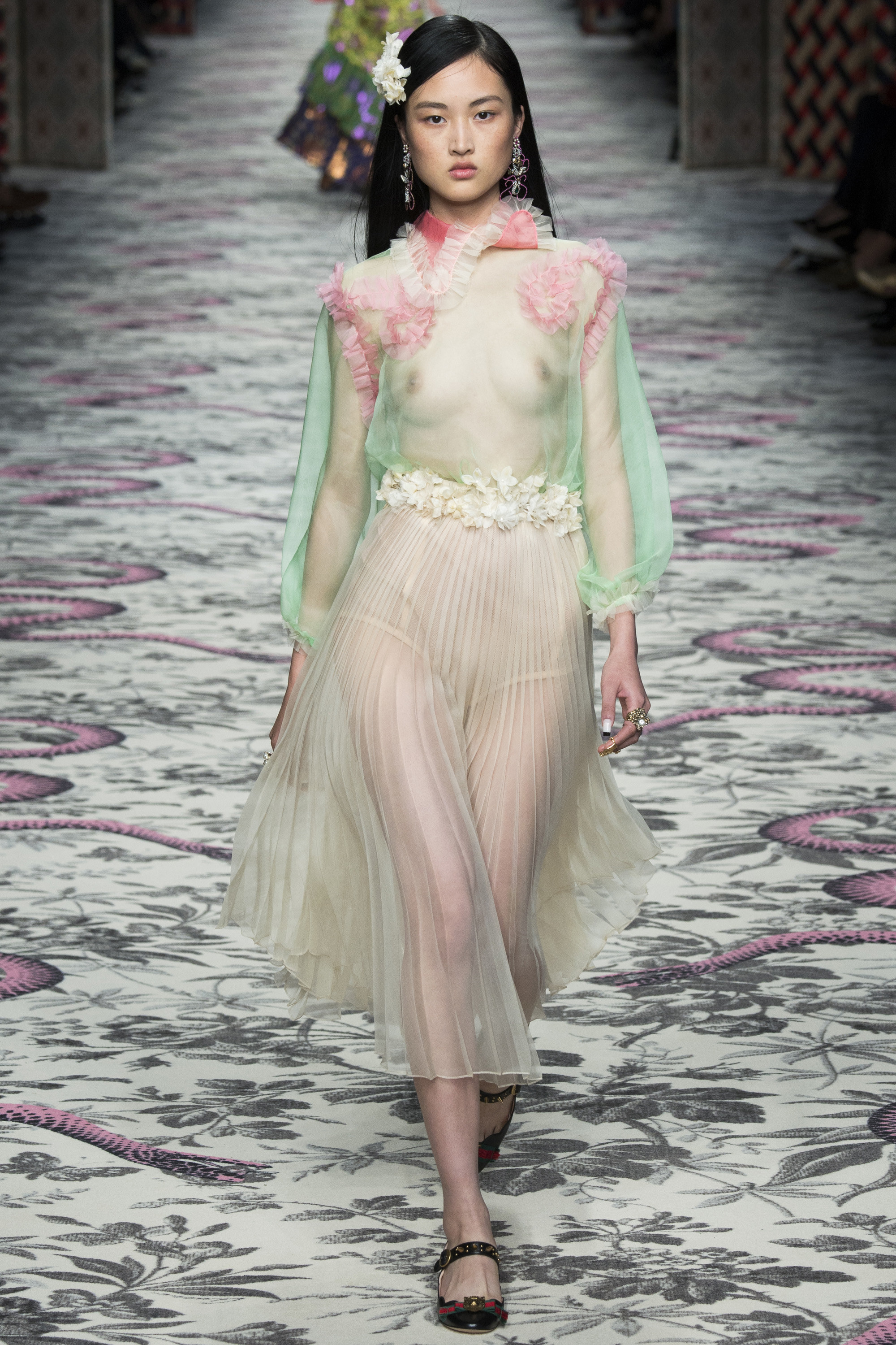 59261dbd58a Gucci Spring 2016 ready to wear-Top 12 Looks I Love