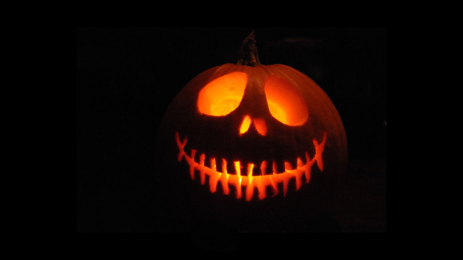 Simple scary pumpkin carvings imgkid the image