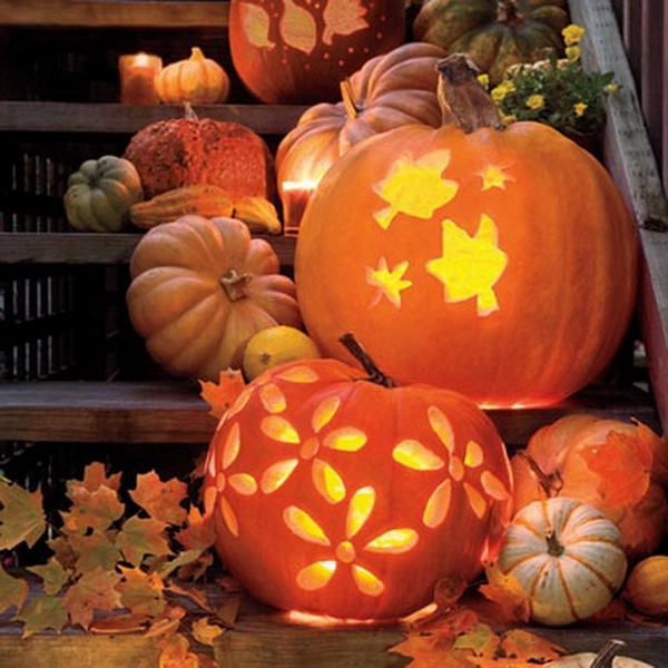 cute pumpkin for Halloween- flowers and leaves