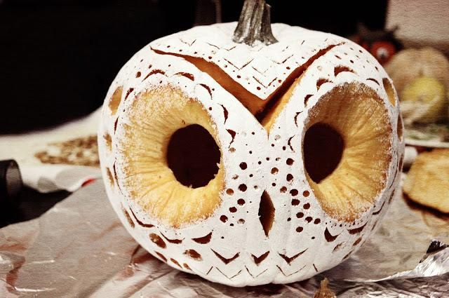 owl pumpkin carving
