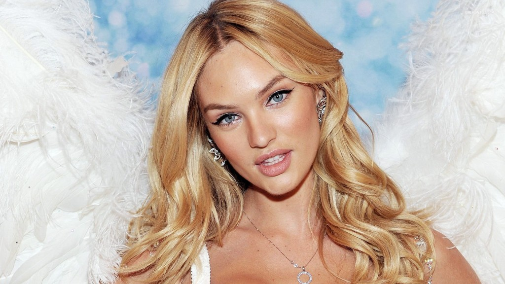 Candice Swanepoel, Victoria's Secret Angel 2015